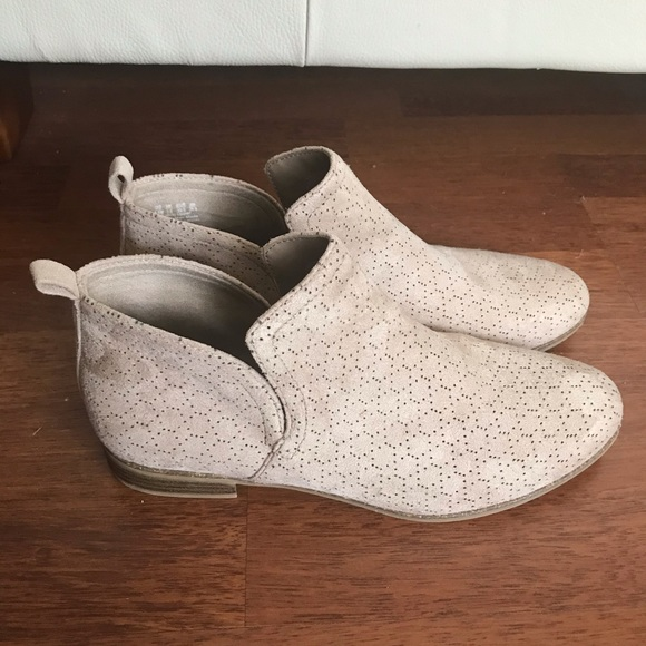 Dr Scholl's Tan Booties Vegan Suede New No Box